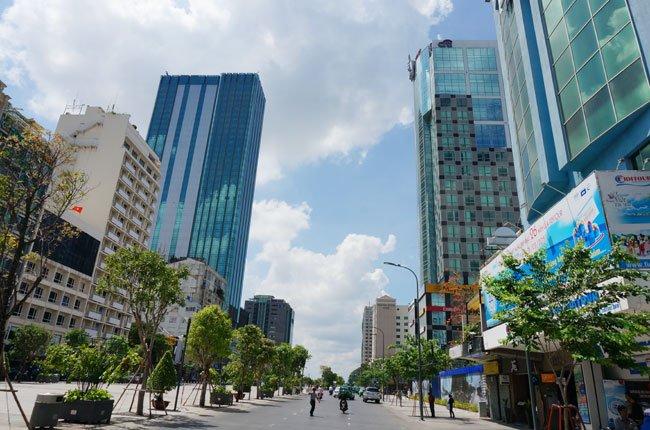 Giá thuê mặt bằng đường Nguyễn Huệ tăng chóng mặt