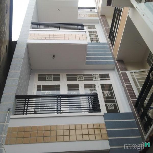 Cho thuê nhà MT Hai Bà Trưng ,Phường Đakao,Quận 1